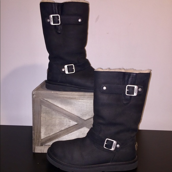 4087e34a261 UGG Sutter Black leather boots